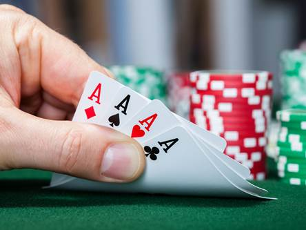 Texas Hold'em: Gambling Online Or With Life?